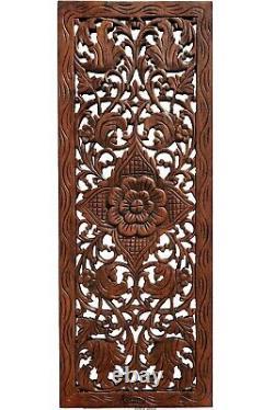 Panneau Floral De Mur En Bois Sculpté. Décor De Mur En Bois De Teck Accrochant. Acajou Brun-rouge